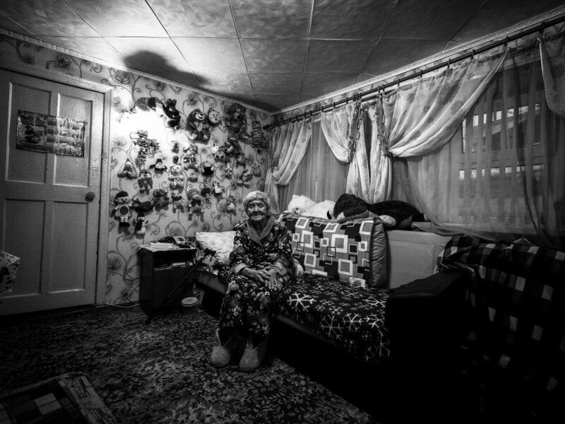 """Jahrhundertzeugin: Zinaida war Krankenschwester und hat im Kessel von Stalingrad schwer verwundete Soldaten versorgt. """"Es war mir nie wichtig, ob es Russen oder Deutsche waren, ich habe sie alle gleich behandelt"""", sagt sie, Wolgograd 2018"""